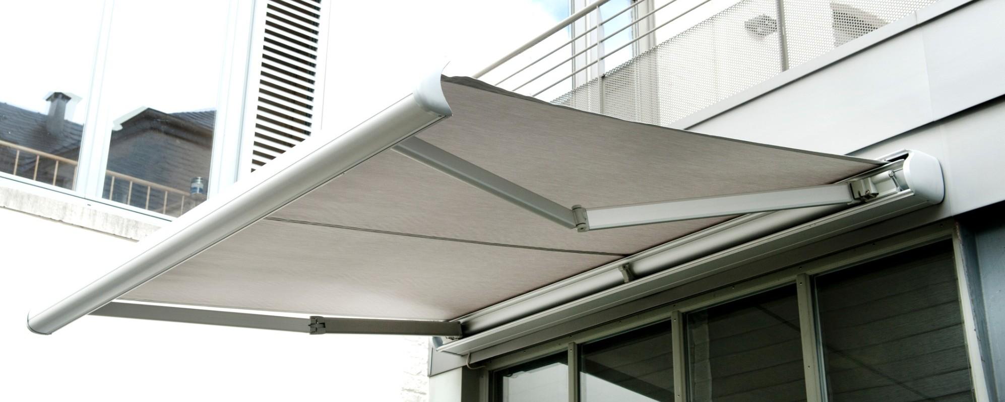 Banne solaire XL - Achetez ce store en ligne sur Laloux !