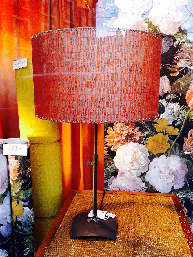 Lampe de table décorative moderne «Orangeade». - Achetez-le en ligne sur Laloux Stores !