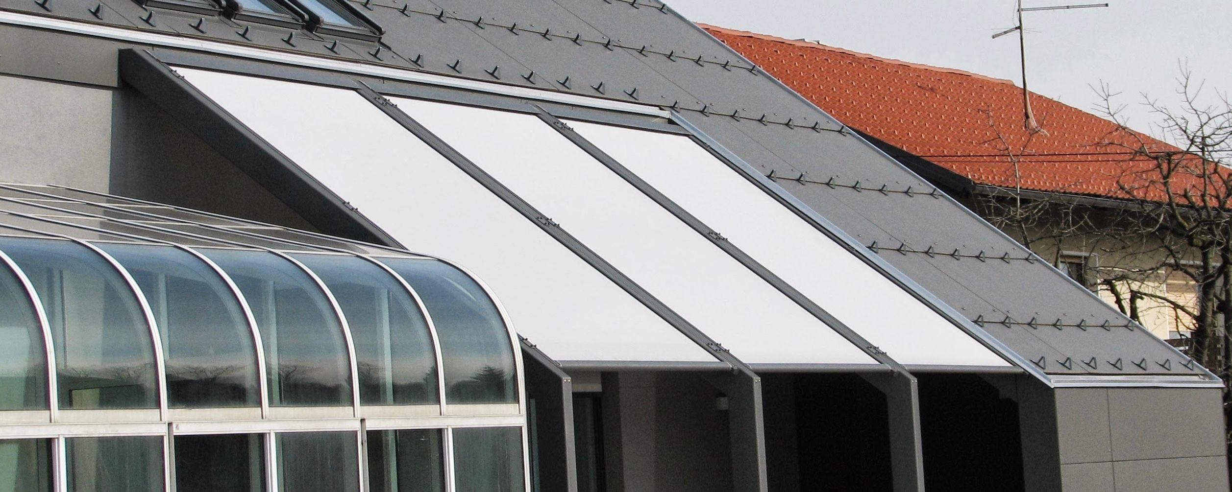 Store screen ZIP toiture XL - Achetez ce store en ligne sur Laloux !